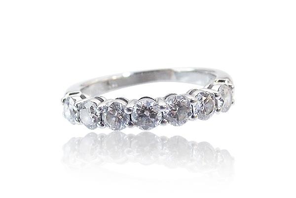 tiffany eternity oder memoire ring 7 diamanten 0 991ct platin schmuck. Black Bedroom Furniture Sets. Home Design Ideas