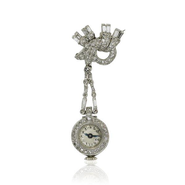 Diamant Uhr Als Brosche Mit 1 378ct Diamaten In 750 Weissgold